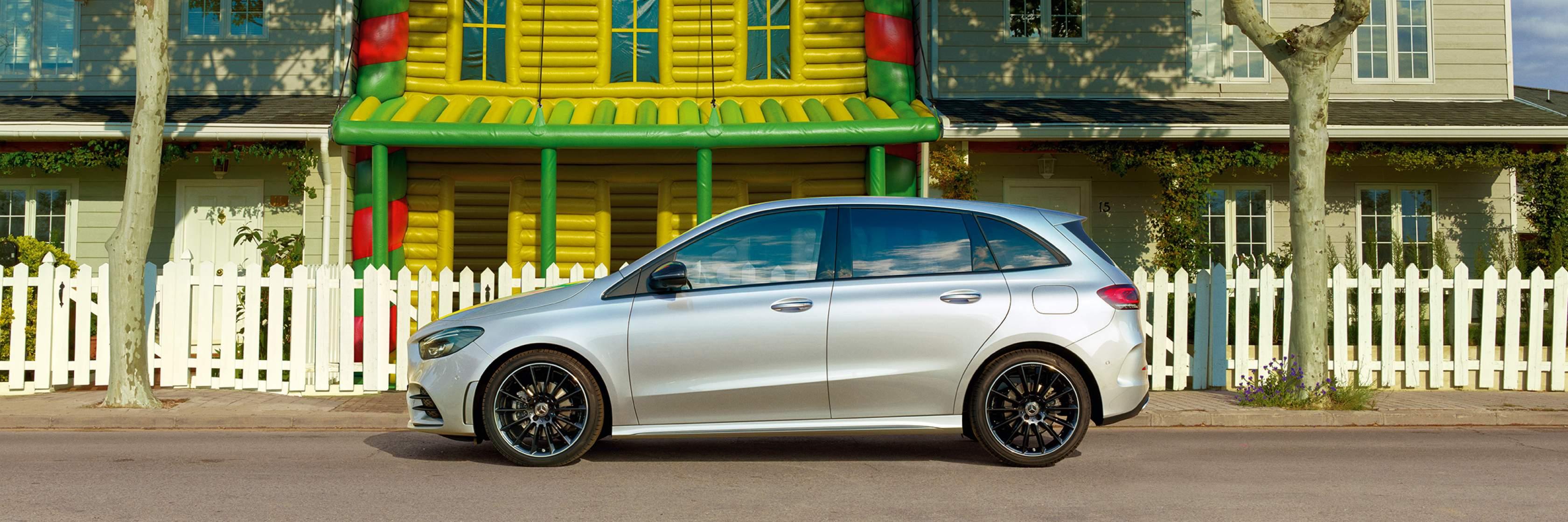 Огляд Mercedes-Benz B–Class Hetchbek