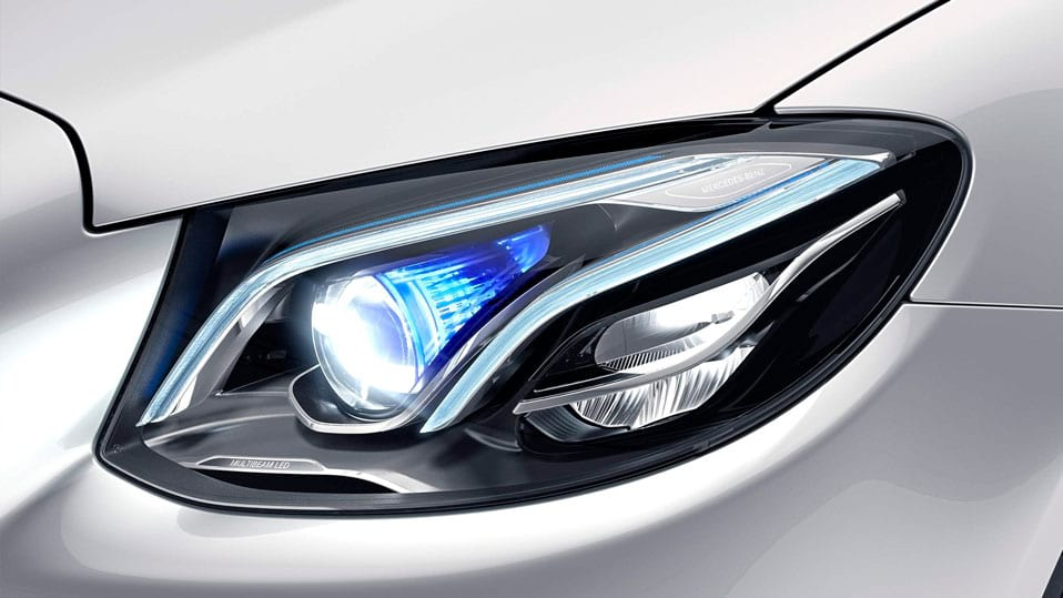Новий автомобіль Mercedes-Benz E-Class coupe MULTIBEAM LED