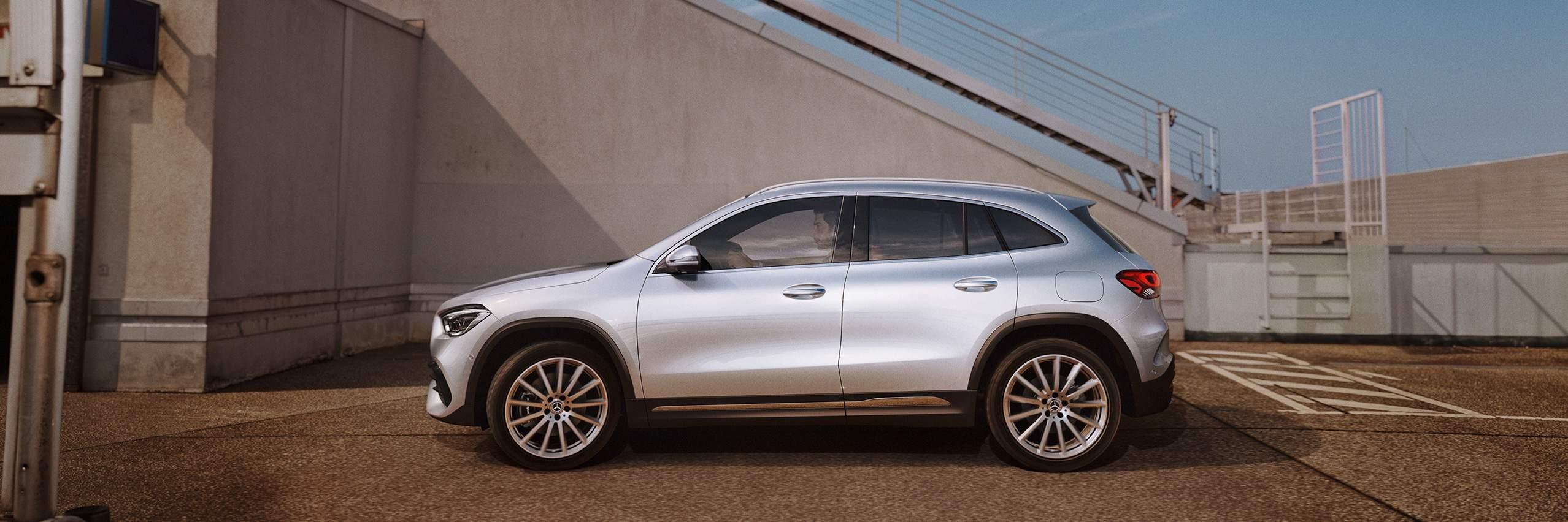 Безопасность Mercedes-Benz GLA