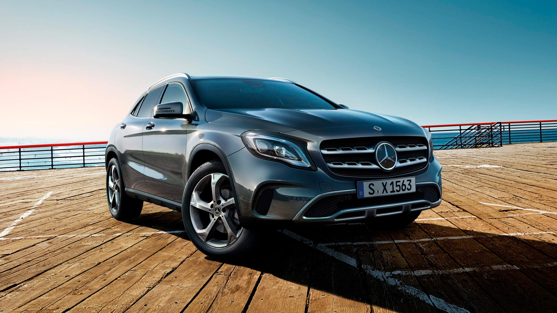Новий mercedes benz GLA