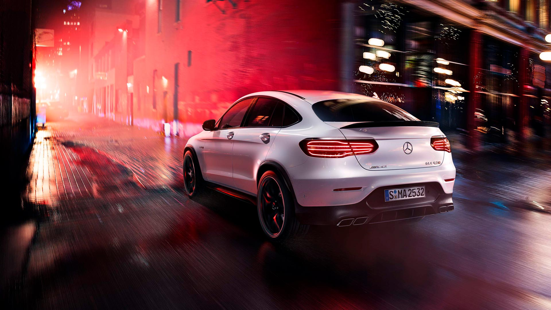 Новий автомобіль mercedes benz AMG GLC Coupe 63 S 4MATIC задні фари