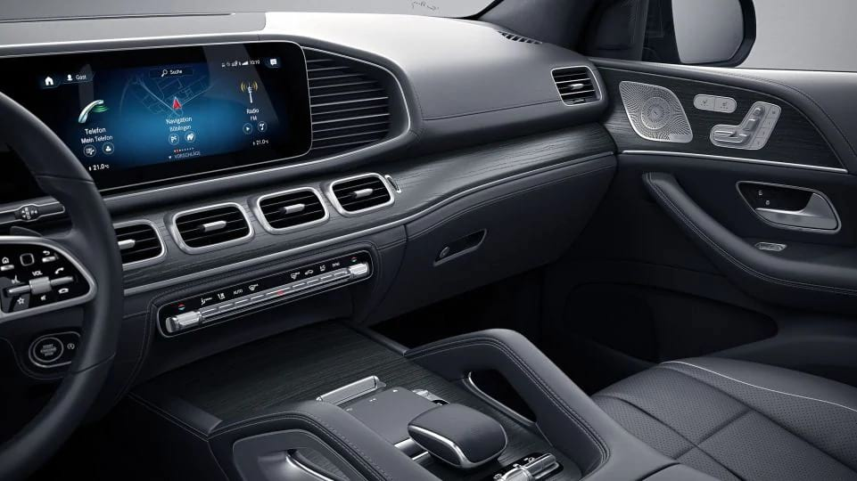 Mercedes-Benz GLE Дизайн інтер'єра
