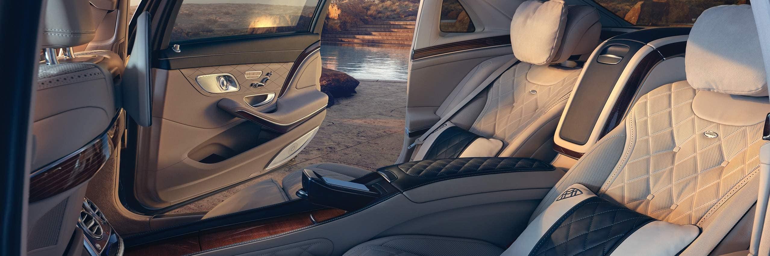 Комфорт Mercedes-Benz EQC