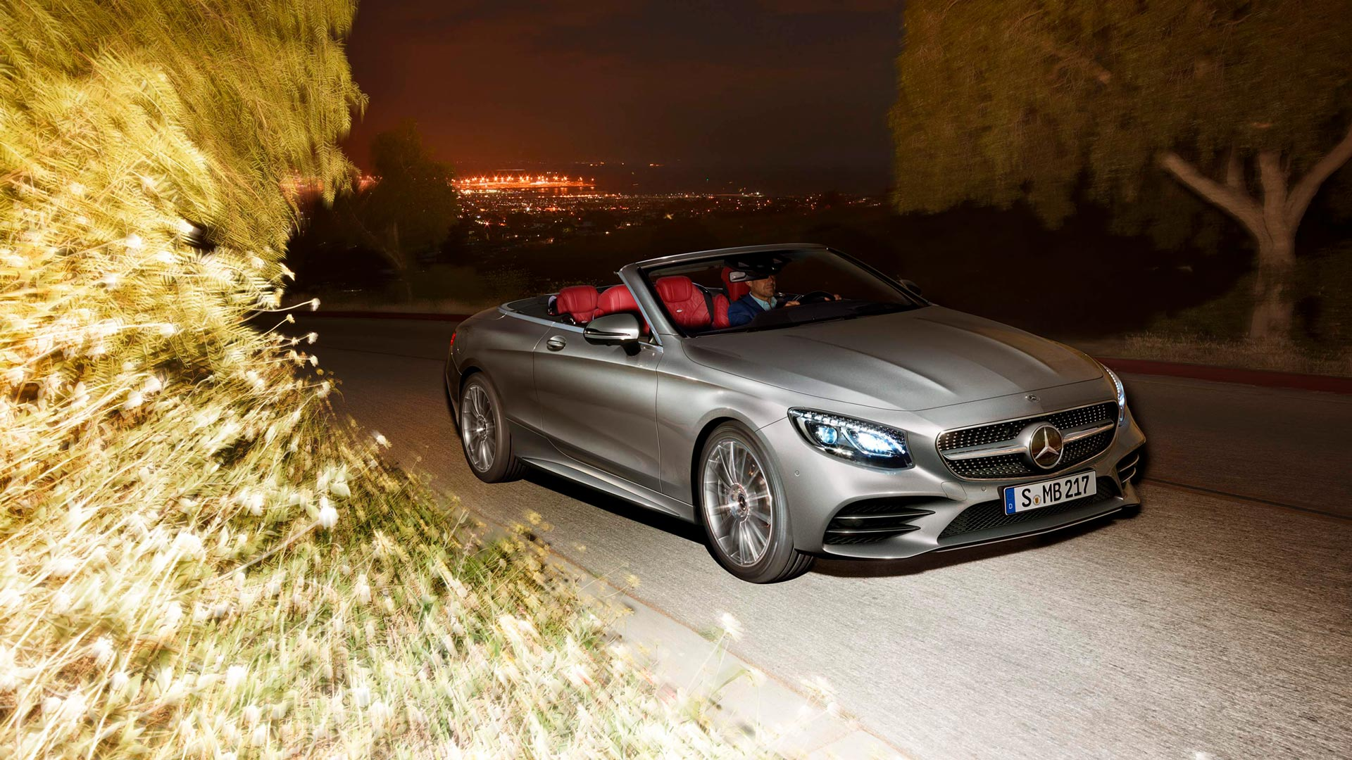 Mercedes-Benz Intelligent Drive Mercedes-Benz S-Class Cabriolet