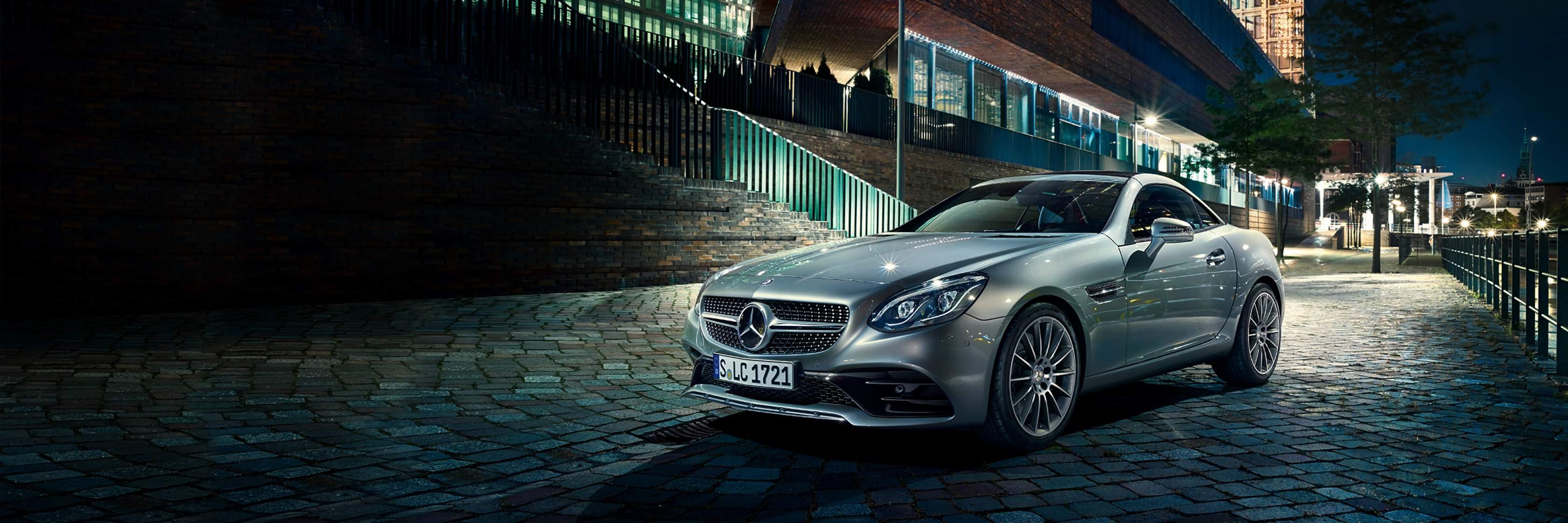Інтер'єр та екстер'єр Mercedes–Benz SLC Roadster