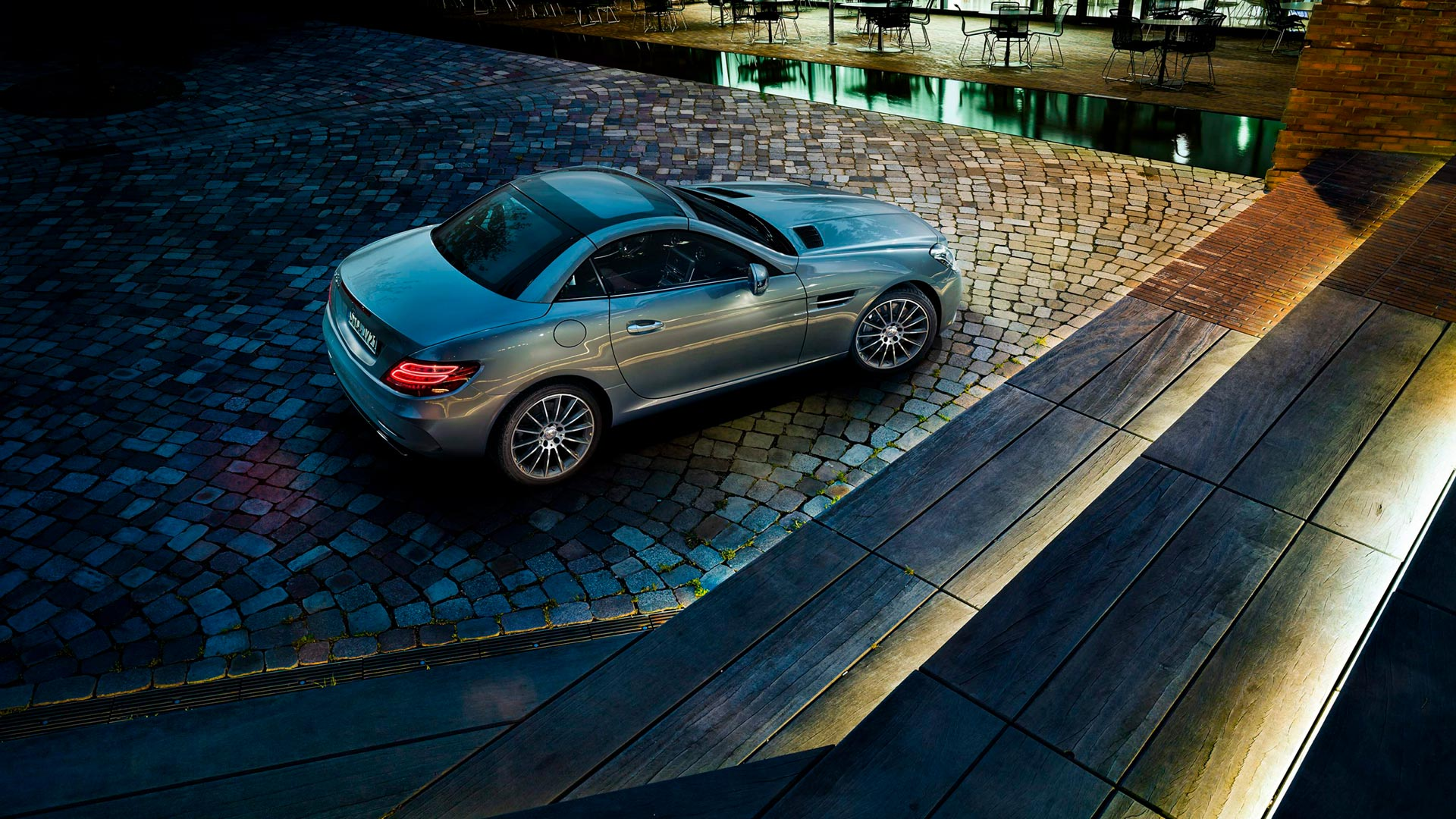 Новый Mercedes Benz SLC родстер панорамний дах