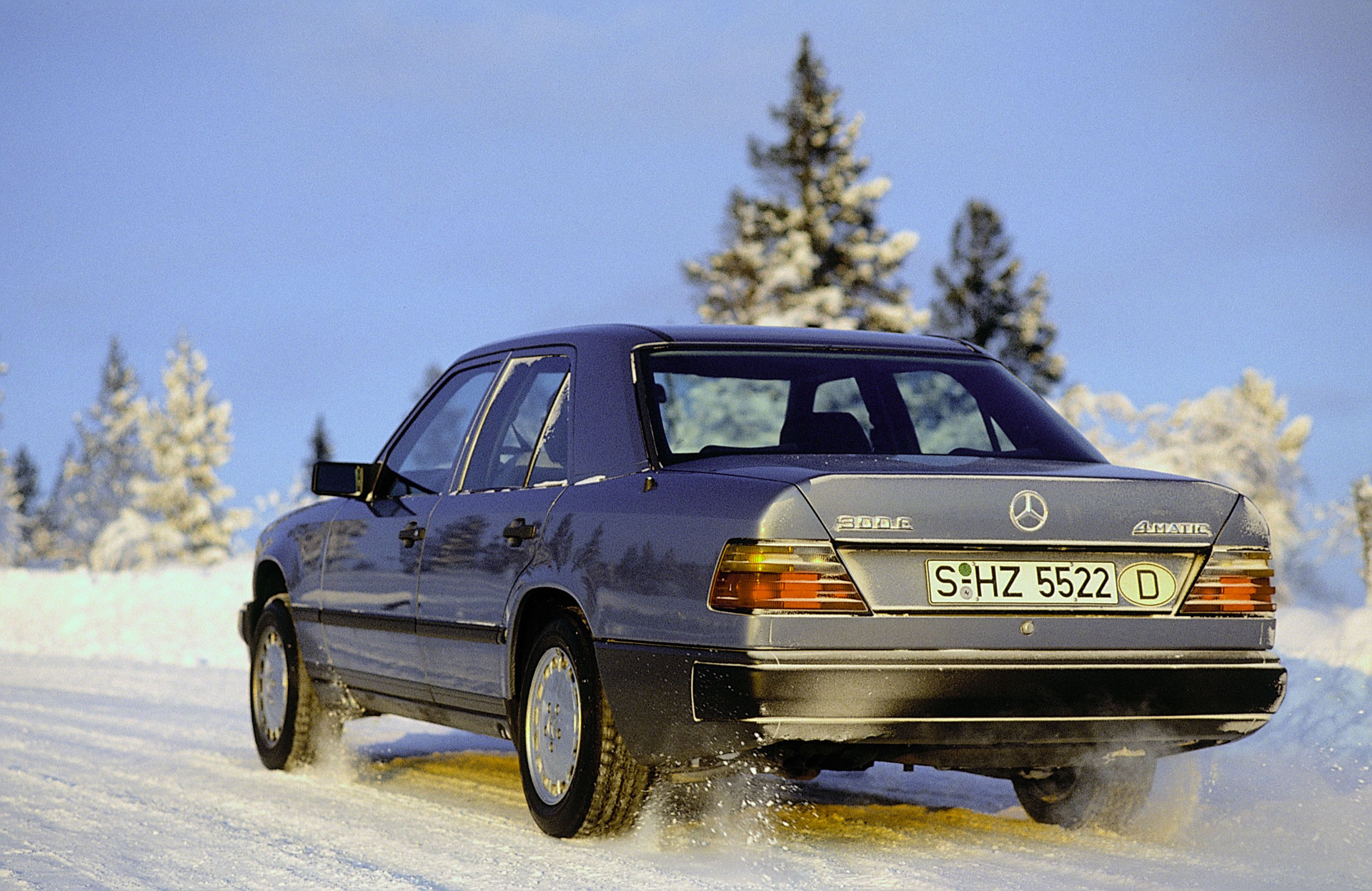 Система 4MATIC Mercedes Benz