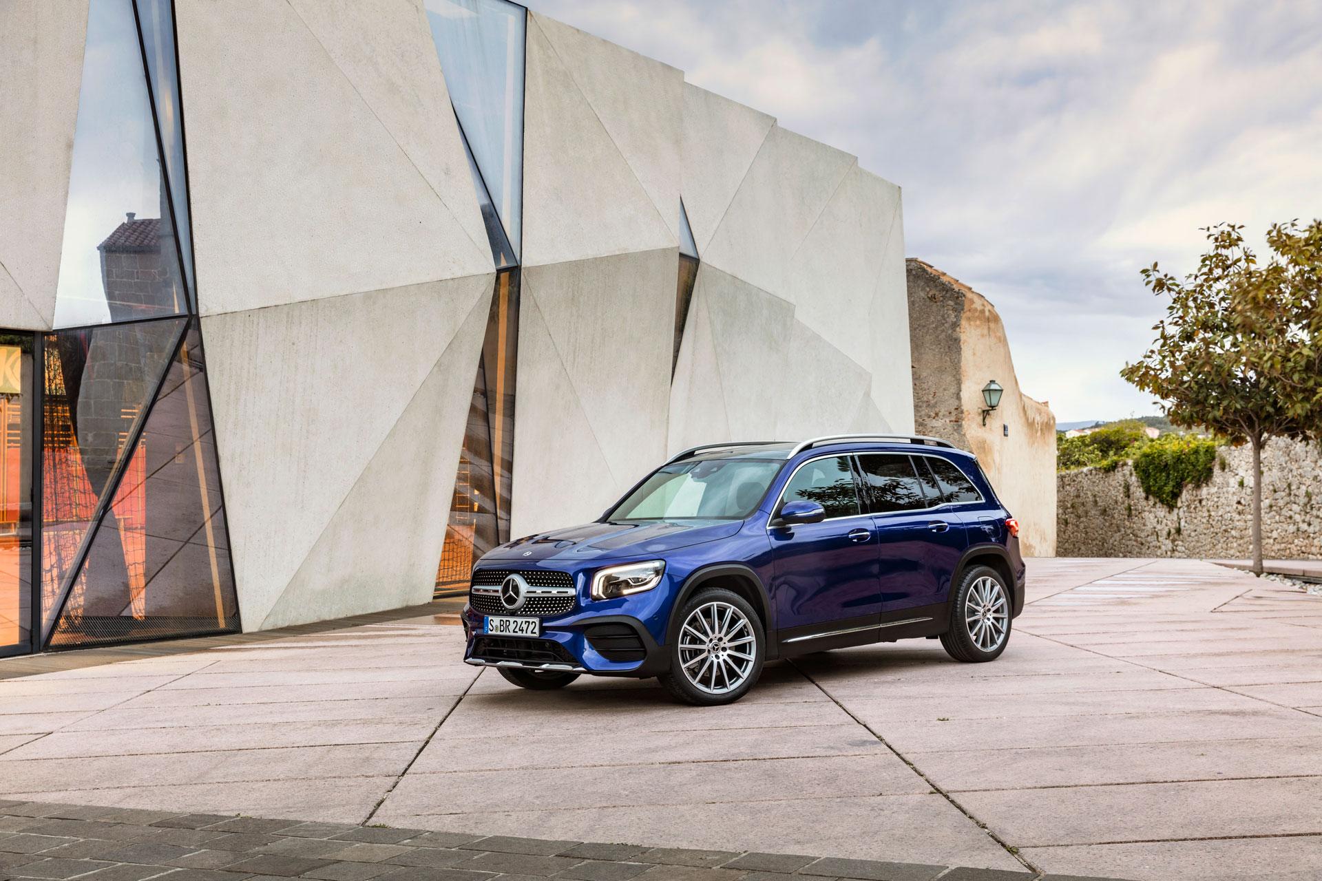 Новий Mercedes-Benz GLB 2020: компактний позашляховик на 7 місць