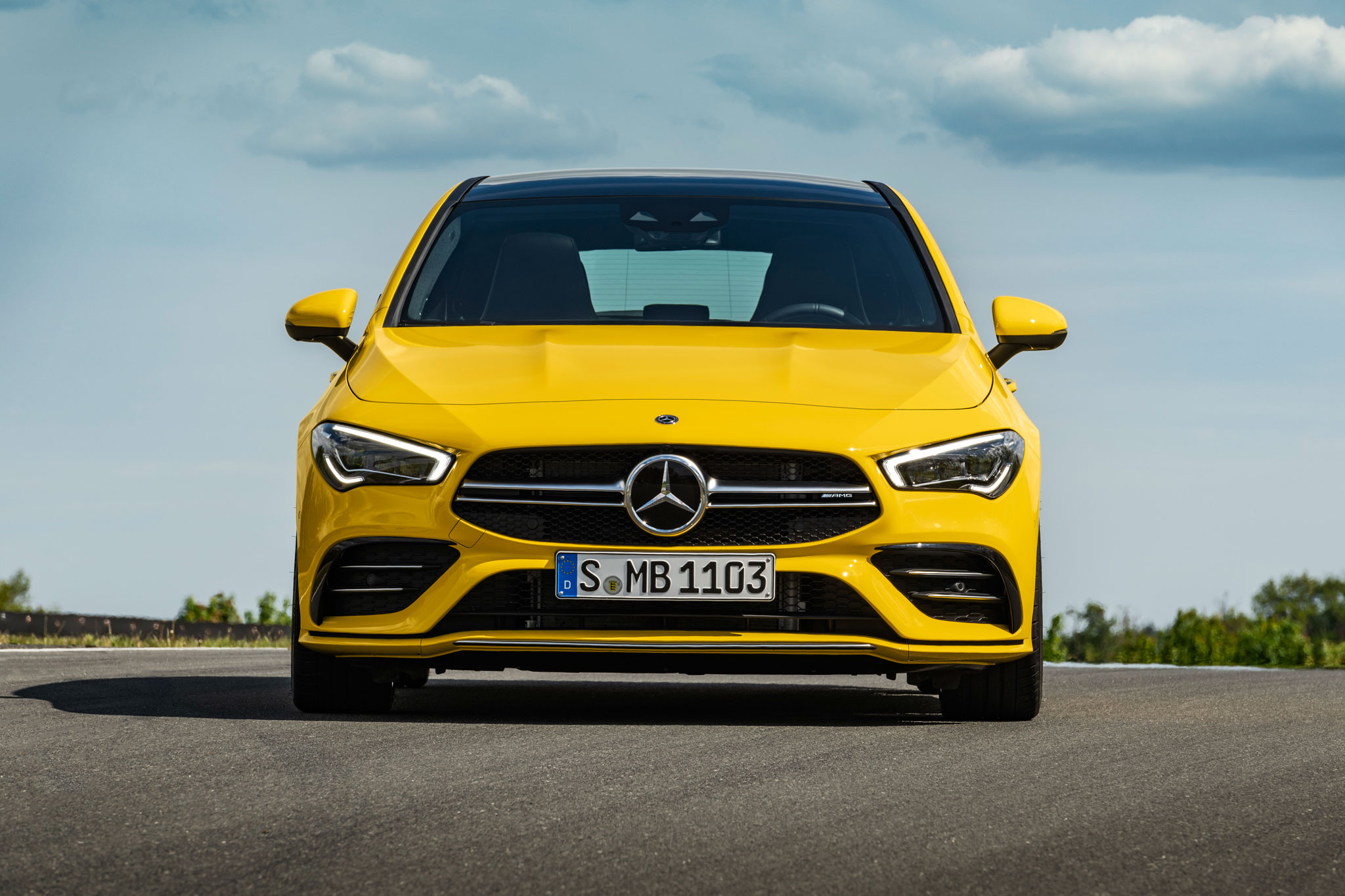Mercedes-AMG CLA 35 Shooting Brake у профіль