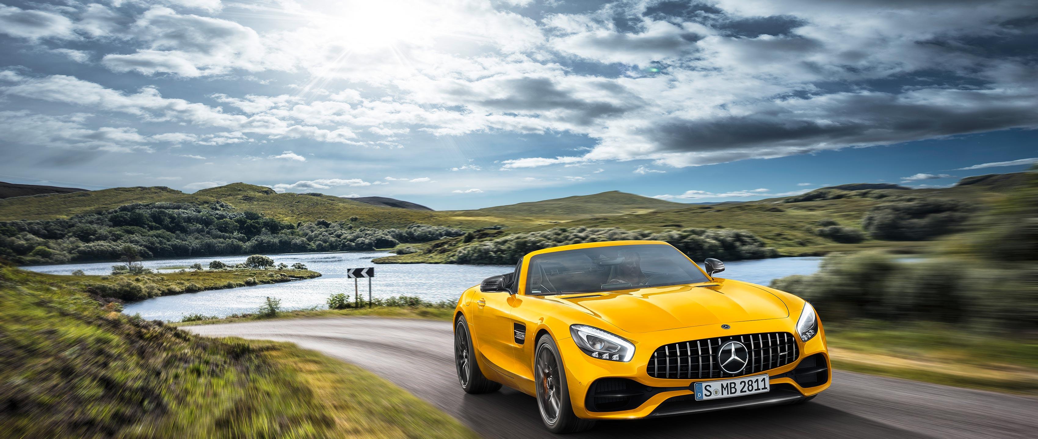 Новый Mercedes-AMG GT S Roadster