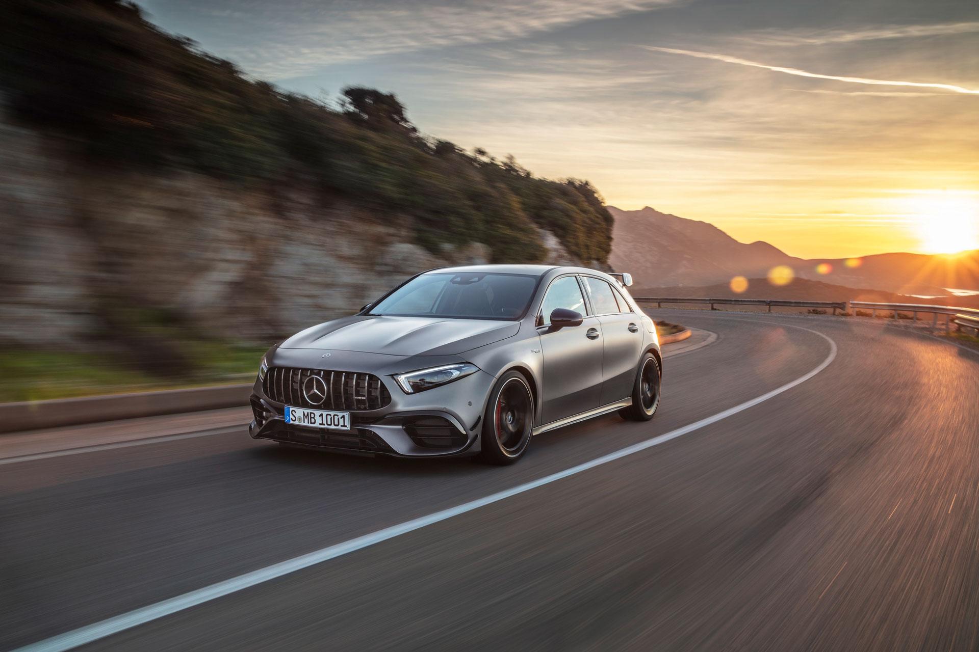 Новий Mercedes-AMG A 45 4MATIC +: рекордний рівень жорсткості кузова
