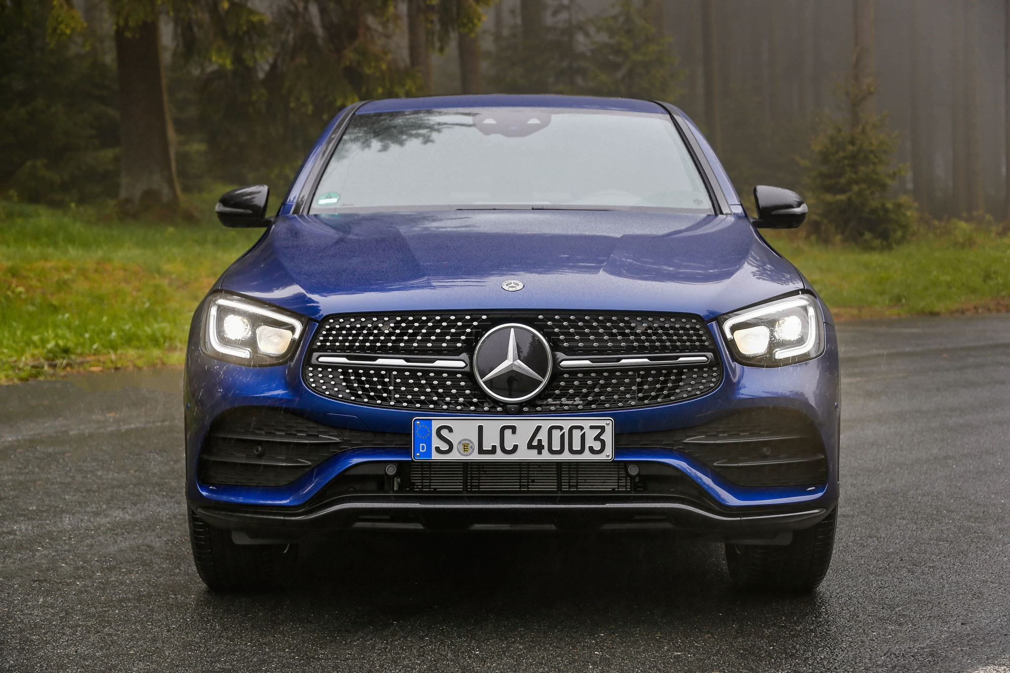 Mercedes-Benz GLC 300 Coupe решетка радиатора