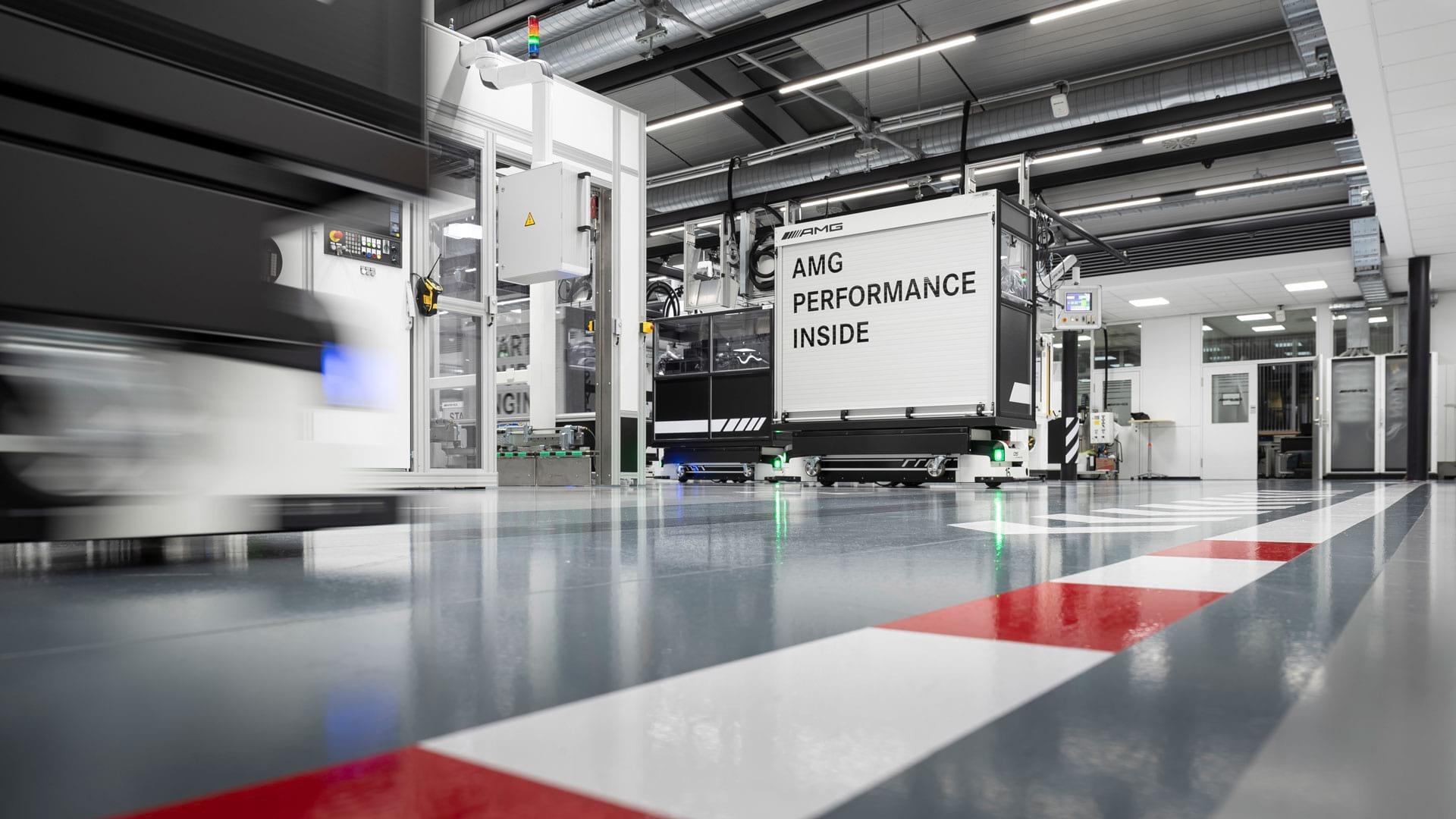 Завод Mercedes–AMG став 'Фабрикою року' в 2019 році