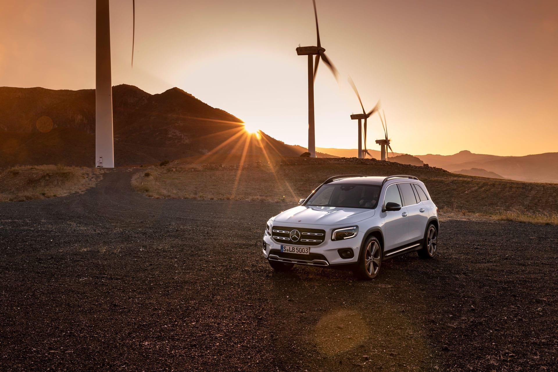 Новий Mercedes-Benz GLB універсальний характер і безмежні можливості