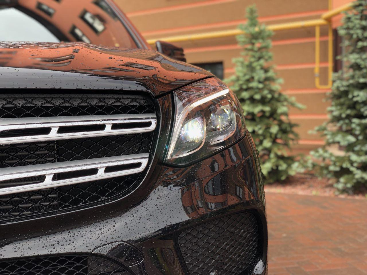 Тест–драйв Mercedes–Benz GLS кросовер з великим авторитетом