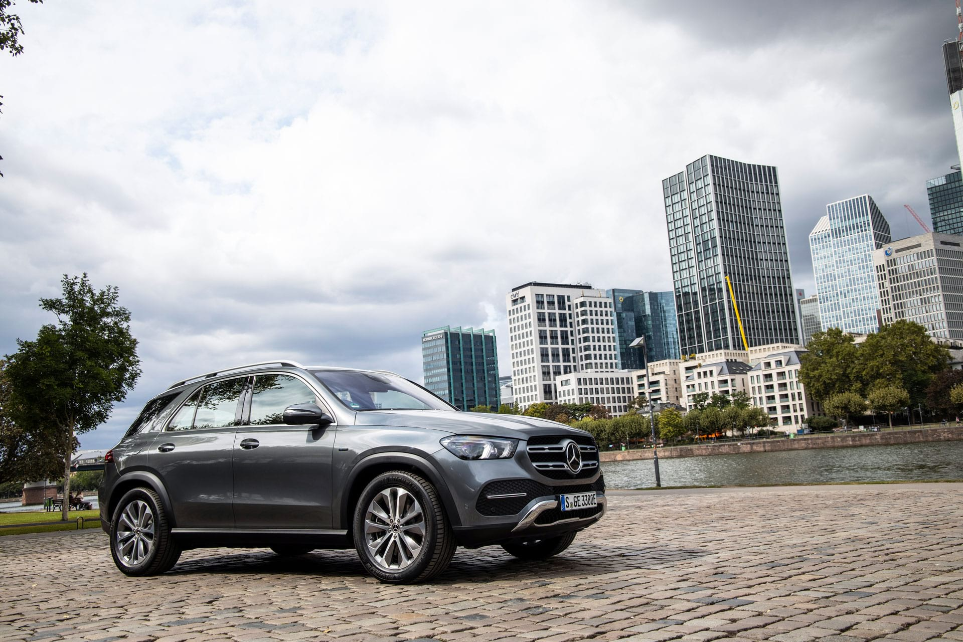 автомобиль Mercedes–Benz GLC 220d