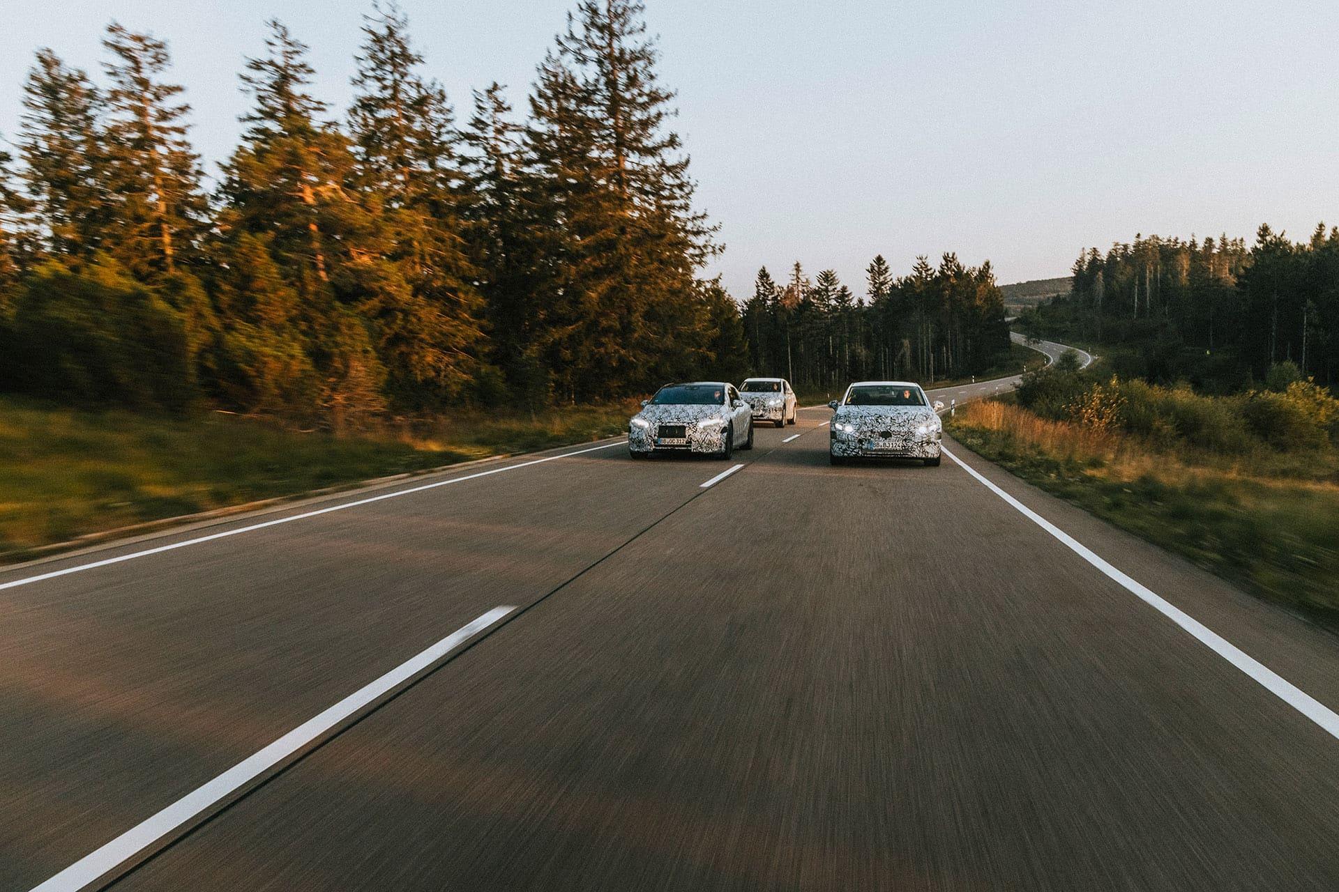 Mercedes-Benz EQS — дата виходу розкішного електрокара