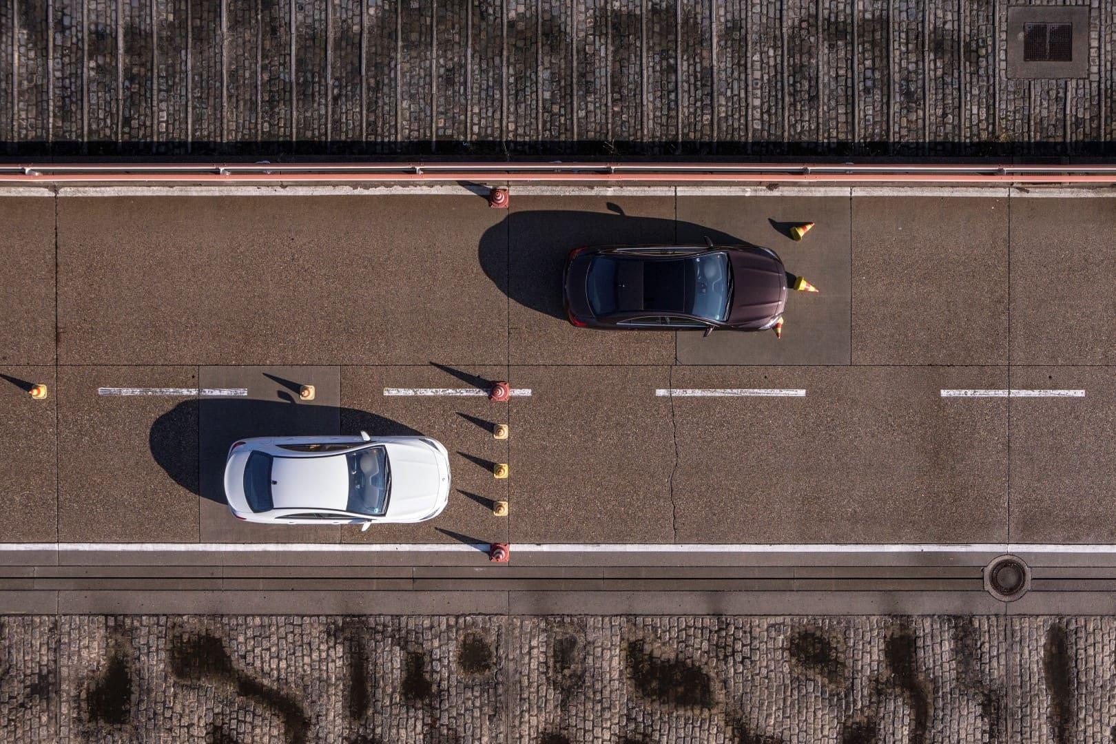 Як Mercedes-Benz бореться з торгівлею підробленими запчастинами