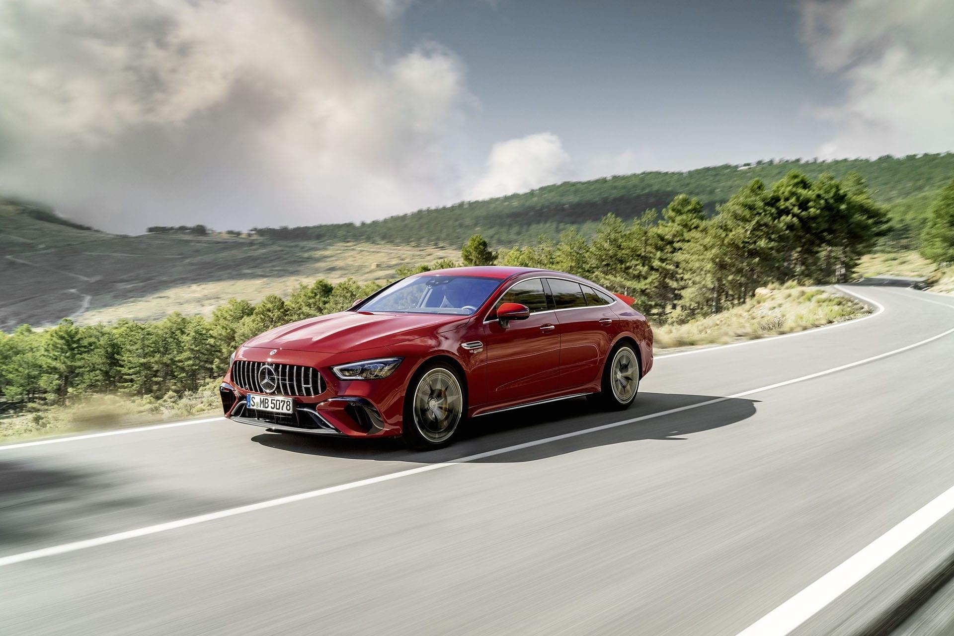 Прем'єра гібрида Mercedes-AMG GT 63 SE Performance - найпотужнішого серійного автомобіля з Аффальтербаху