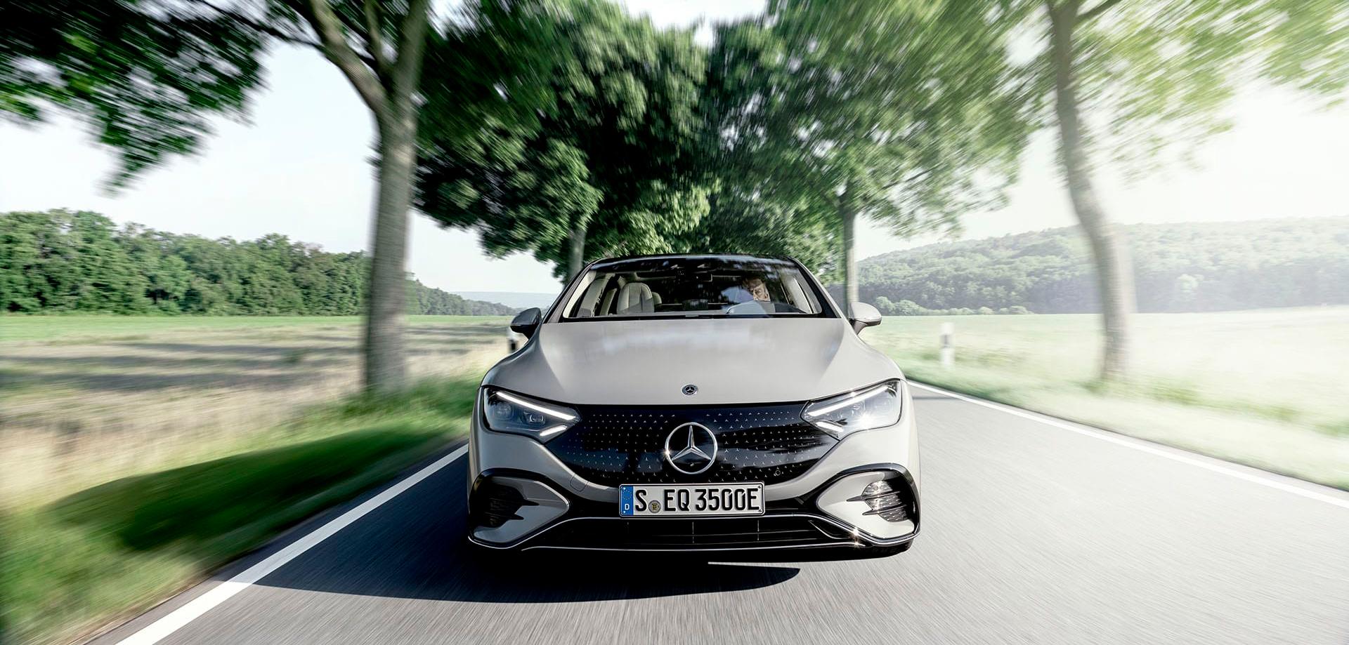 Новий електричний седан бізнес-класу EQE від Mercedes-EQ