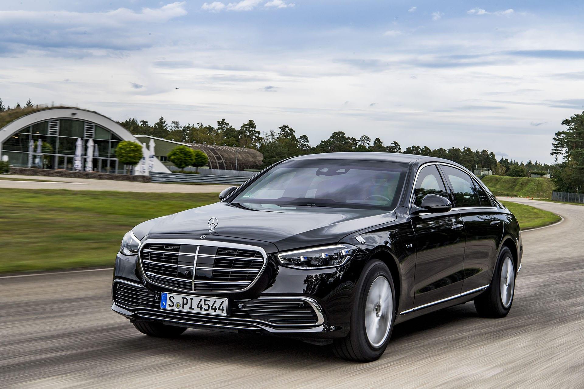 Mercedes-Benz GUARD: ексклюзивний автомобіль з максимально високим рівнем захисту