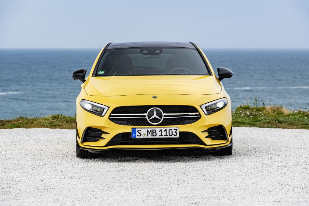 Новий Mercedes-AMG A 35 4MATIC: представлений самий  доступний  спорткар в історії бренду