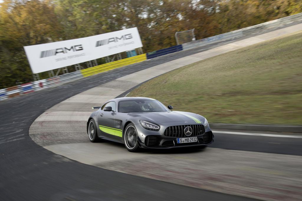 Mercedes-Benz випустило оновлення лінійки AMG GT