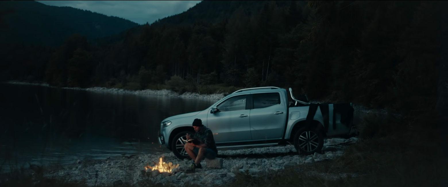 Далеко від комфортних доріг: X-Class 2018 у новій рекламній кампанії