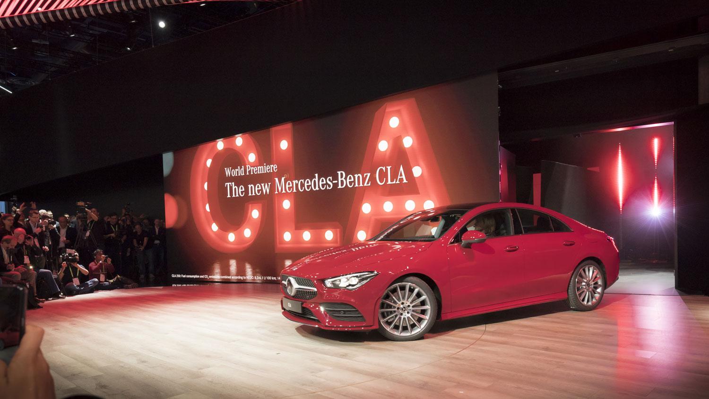 Три больших премьеры Mercedes-Benz на выставке CES 2019