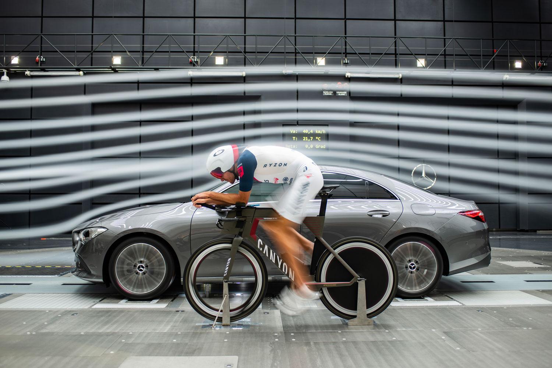 Новий Mercedes-Benz CLA купе 2019: випробування в аеродинамічній трубі
