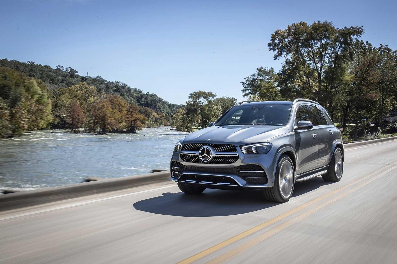 Новий Mercedes-Benz GLE 400d проти G-Class 350d: головні особливості