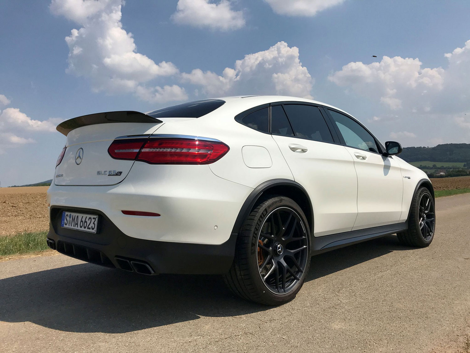 Новий Mercedes-AMG GLC 63 S 4MATIC задні фари