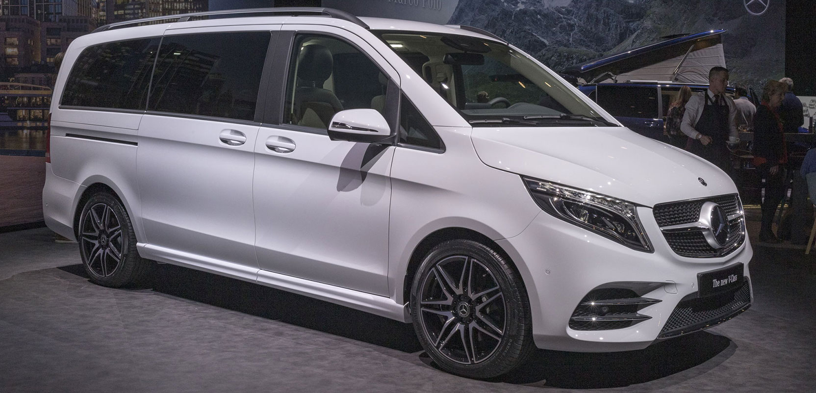 Оновлений Mercedes-Benz V-Клас 2019 в деталях і цифрах