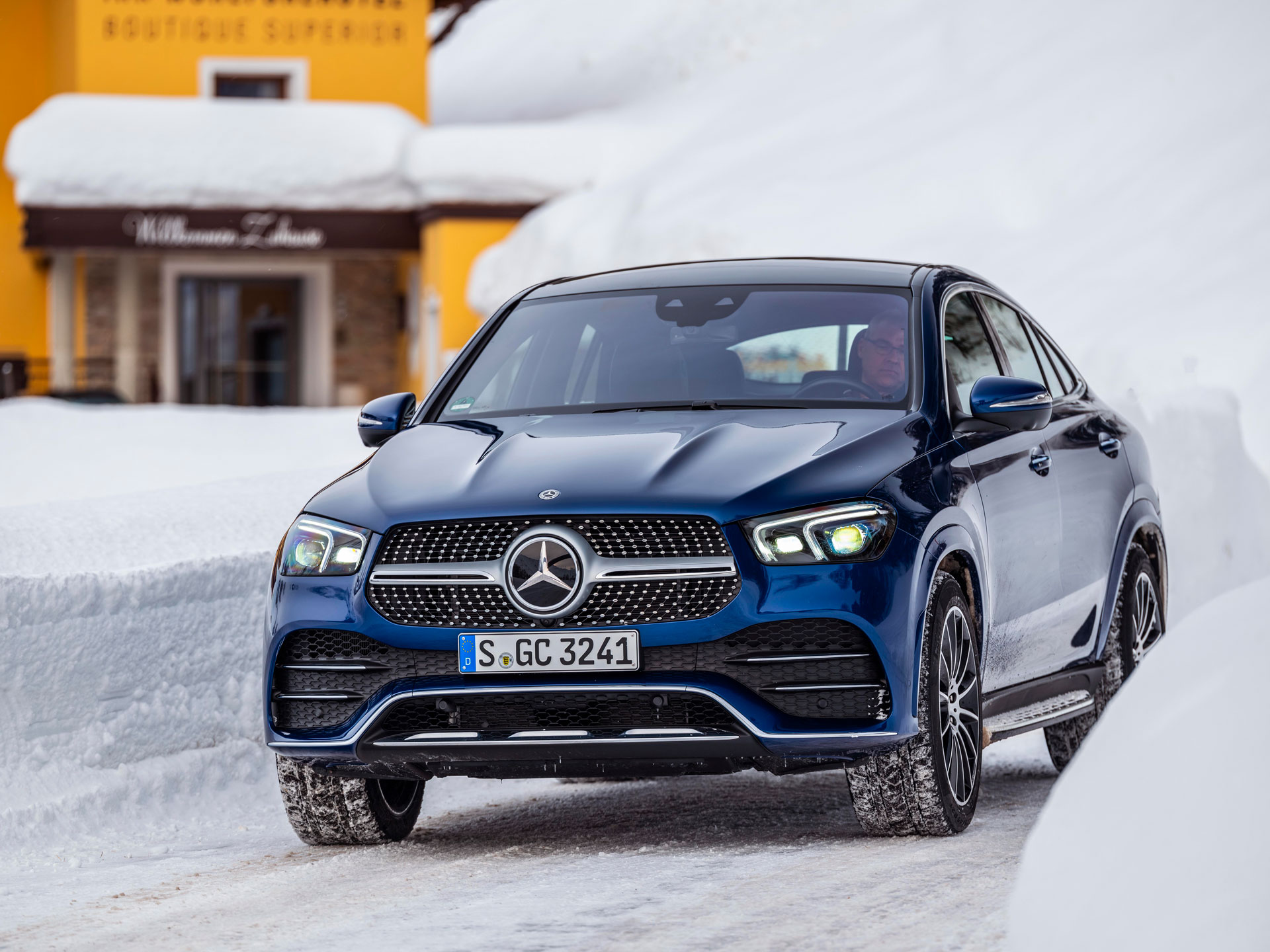 Mercedes-AMG GLE Coupe экстерьер