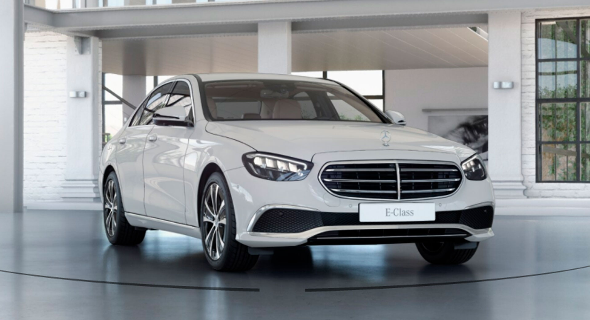 Mercedes-Benz E-Class Limousine 52601209