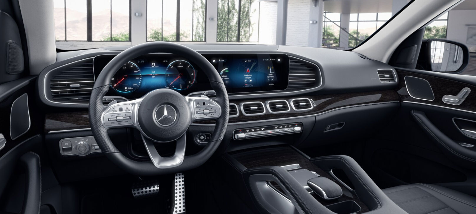 Mercedes-Benz GLE кокпіт